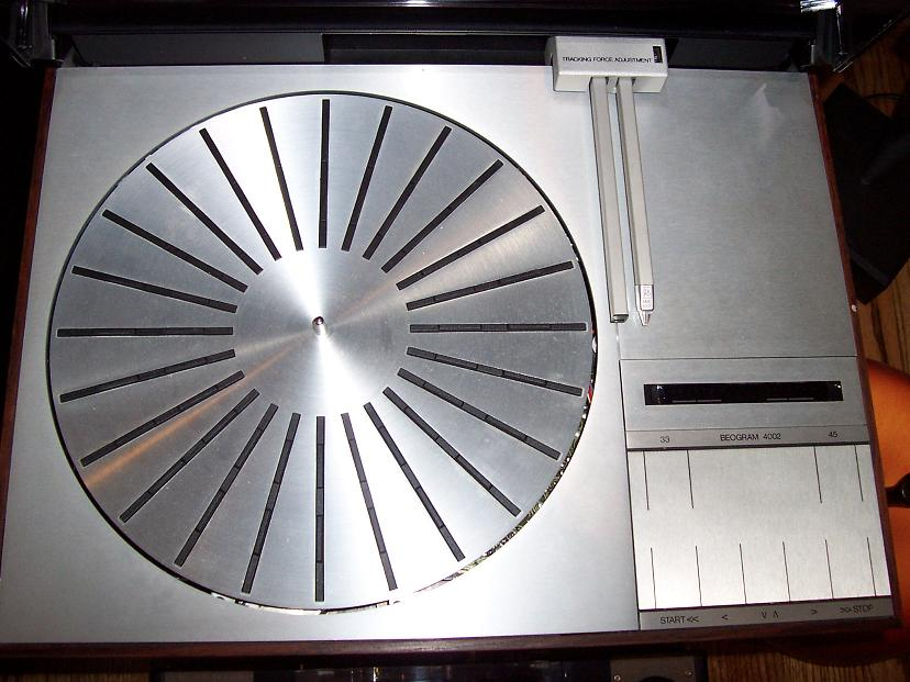Bang & Olufsen Beogram4002 with MMC20en cartridge, refurbished, Clean. $450.00